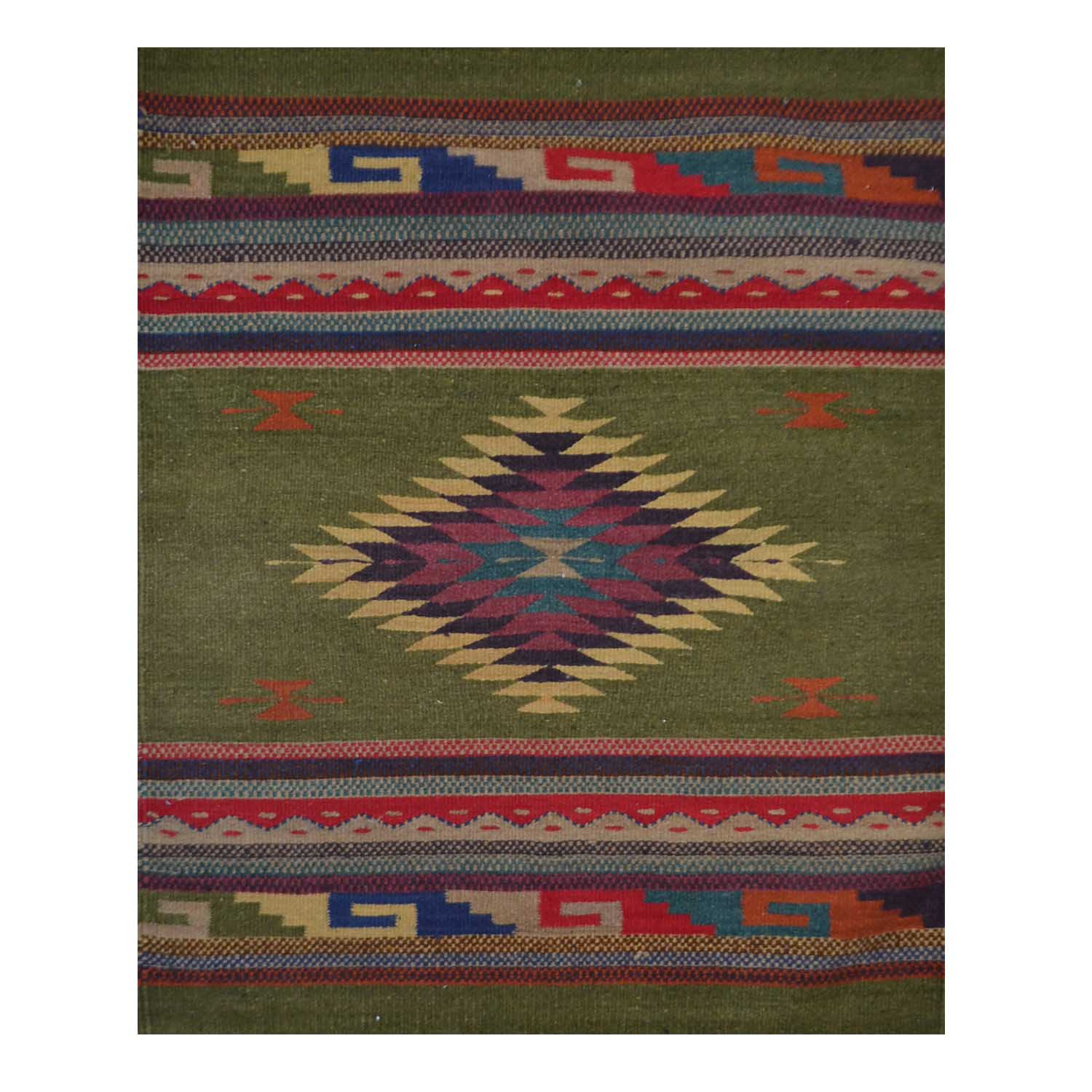 Tapete - Rug - 80 x 90 cms
